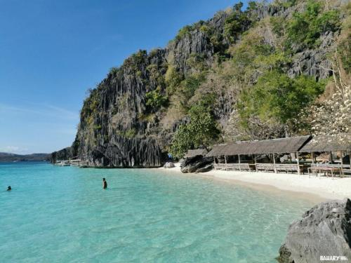 Banol-beach-filipinas-4-coron