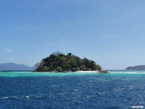 Walling-Walling-Beach-Filipinas-6-coron