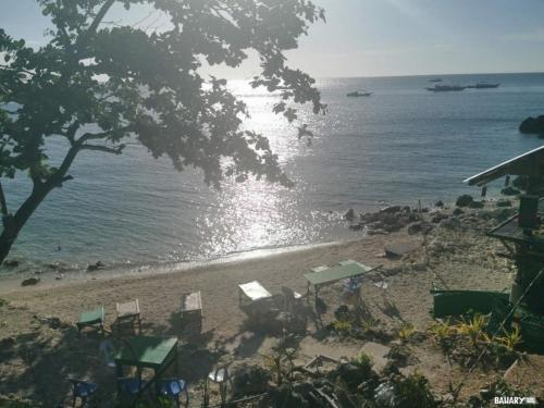 lighthouse-eco-beach-malapascua-2