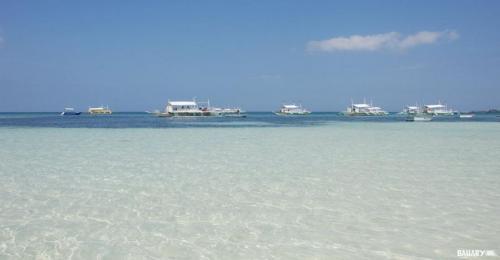 logon-beach-malapascua-2