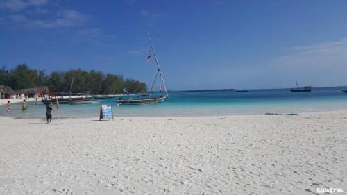 nungwi-beach-zanzibar-2