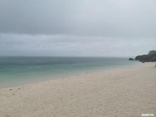 sandira-beach-bantayan-3