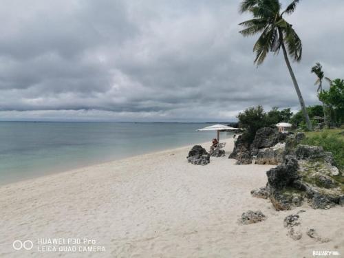 sandira-beach-bantayan-4