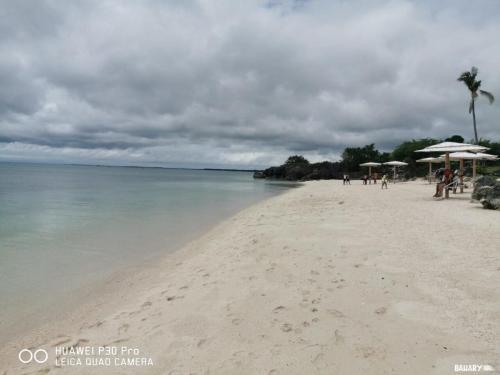 sandira-beach-bantayan-5