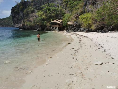 serenety-beach-filipinas-el-nido-3