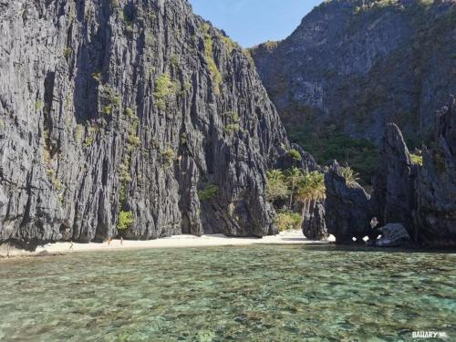 shimizu-beach-and-lagoon-filipinas-el-nido-2