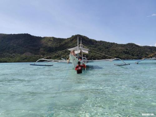 snake-beach-filipinas-el-nido-3