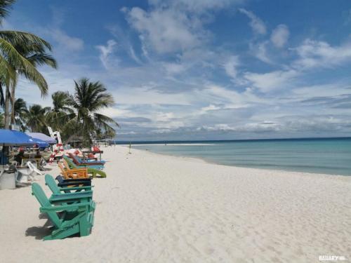 sugar-beach-bantayan-1