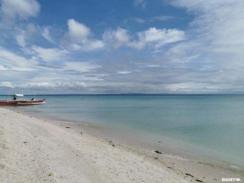 sugar-beach-bantayan-3
